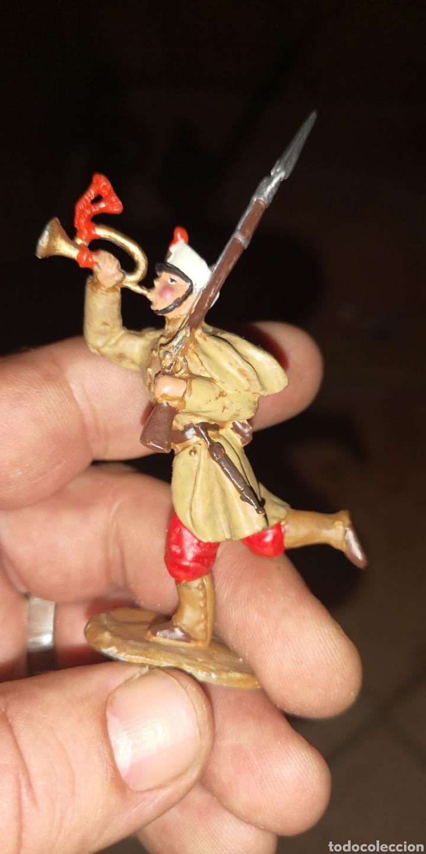 Juguetes Antiguos: Conjunto de 5 soldados de plomo representando a tropas españolas en la guerra de África - Foto 5 - 153306421