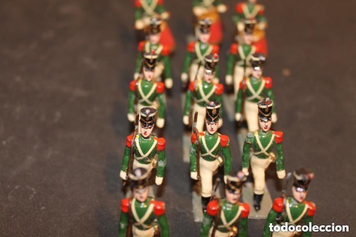 Juguetes Antiguos: REGIMIENTO 18 SOLDADOS DE PLOMO CASABELLA - Foto 2 - 155779454