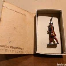 Juguetes Antiguos: SOLDADO DE PLOMO CASTRESANA. Lote 156910860
