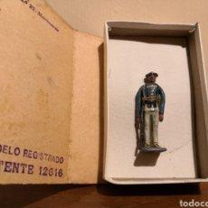 Juguetes Antiguos: SOLDADO DE PLOMO CARLISTA. Lote 156917057