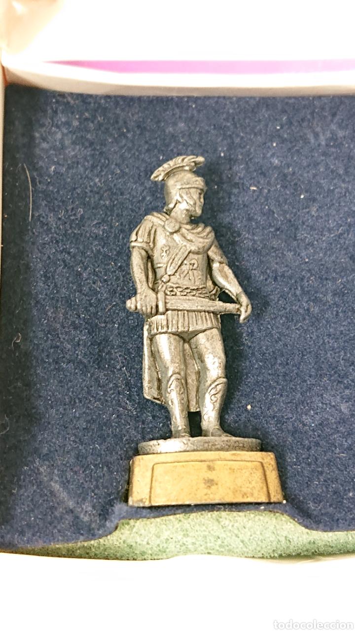 Juguetes Antiguos: Caja de soldados Romanos Winter de metal centurion, legionario, gladiador - Foto 3 - 158173052