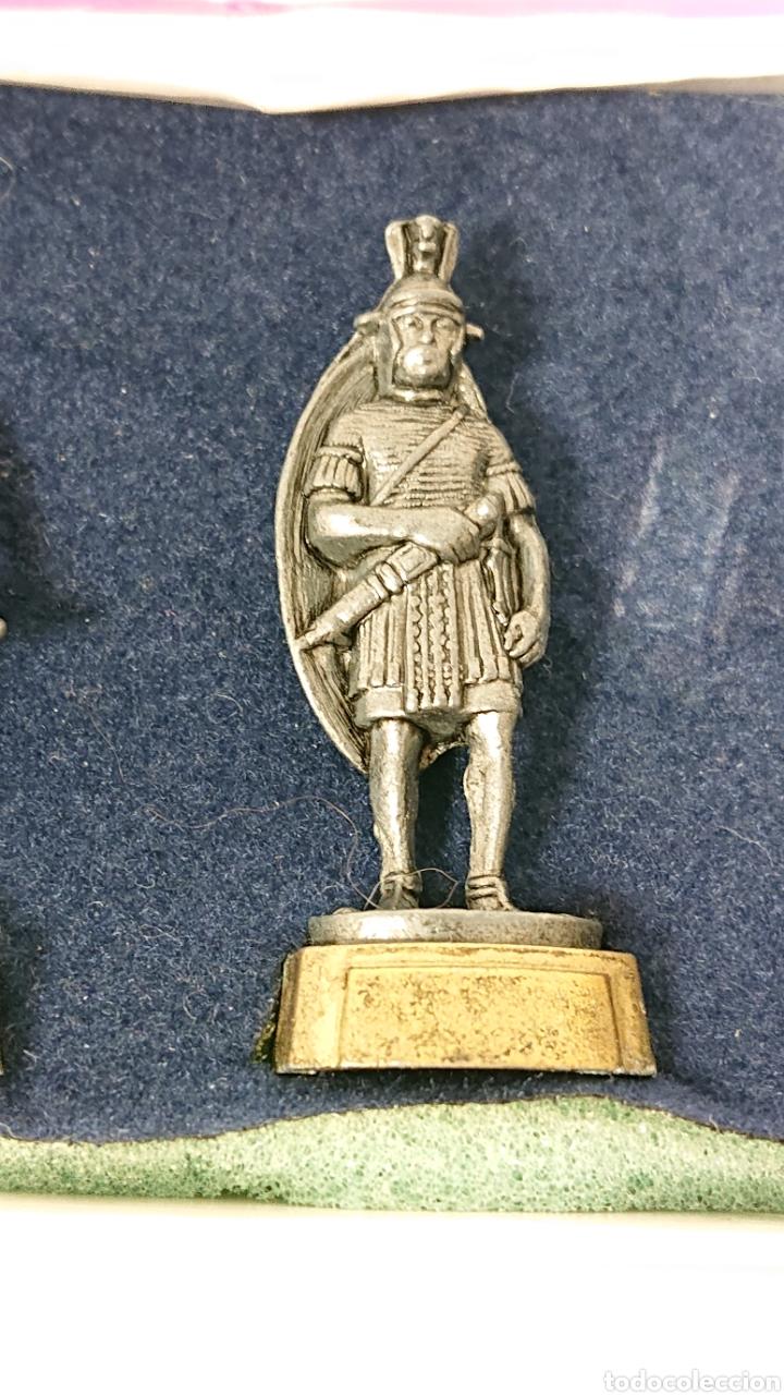 Juguetes Antiguos: Caja de soldados Romanos Winter de metal centurion, legionario, gladiador - Foto 5 - 158173052