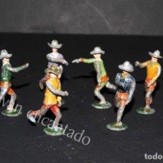 Juguetes Antiguos: SOLDADOS DE PLOMO. VAQUEROS A PIE ORIGINALES 1900. Lote 159107830
