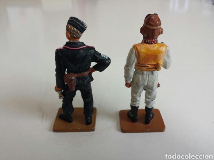 Juguetes Antiguos: Soldados de plomo. Lote de dos soldaditos de plomo de la Segunda Guerra Mundial - Foto 2 - 159501242
