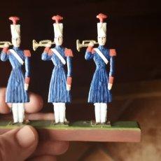 Juguetes Antiguos: CONJUNTO DE 3 SOLDADOS DE PLOMO, PINTADOS ARTESANALMENTE CORNETAS. Lote 160329729