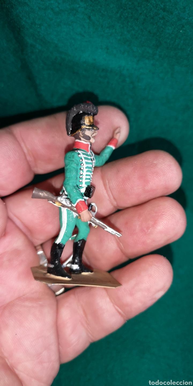 Juguetes Antiguos: soldado de plomo pintados artesanalmente cazadores 1802 - Foto 4 - 160359624