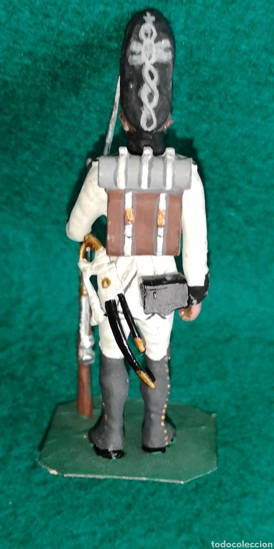 Juguetes Antiguos: Soldado de plomo pintada artesanalmente regimiento de Saboya granadero 1805 RAMON LABAYEN - Foto 3 - 160359800