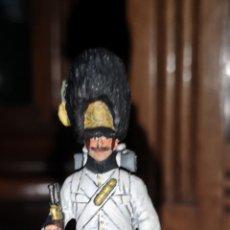 Juguetes Antiguos: SOLDADO PLOMO, GRANADERO AUSTRO-HÚNGARO PROBABLEMENTE LAVAYEN. Lote 161236585