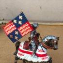 Juguetes Antiguos: CABALLERO SOLDADO EN PLOMO EN MUY BUEN ESTADO. Lote 161297638