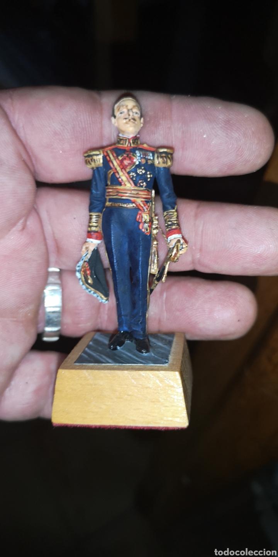 Juguetes Antiguos: Soldado de plomo representando a Alfonso XIII pintados artesanalmente - Foto 5 - 163405676