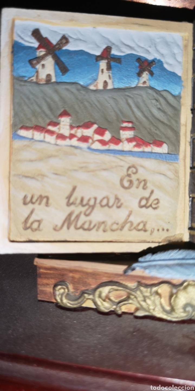 Juguetes Antiguos: Maqueta realizada en plomo pintada artesanalmente representando el libro del Quijote - Foto 3 - 163409245