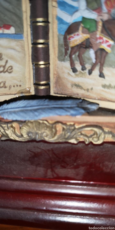 Juguetes Antiguos: Maqueta realizada en plomo pintada artesanalmente representando el libro del Quijote - Foto 4 - 163409245