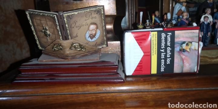 Juguetes Antiguos: Maqueta realizada en plomo pintada artesanalmente representando el libro del Quijote - Foto 6 - 163409245