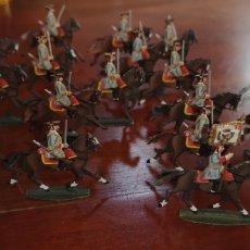 Juguetes Antiguos: CONJUNTOS SOLDADOS PLOMO PINTADOS ARTESANALMENTE CABALLERÍA SIGLO 18. Lote 165720948