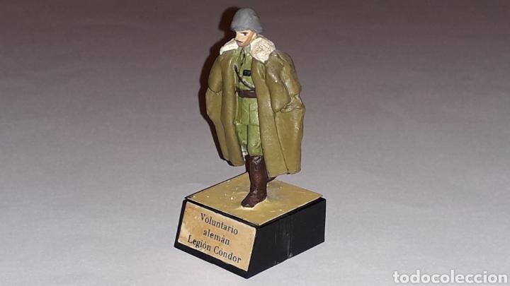 Juguetes Antiguos: Soldado alemán Legión Condor, Ejército Nacionalista Guerra Civil 1936-1939, plomo Almirall, años 60. - Foto 2 - 165800682