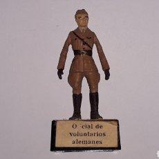 Juguetes Antiguos: OFICIAL VOLUNTARIOS ALEMANES, EJÉRCITO NACIONALISTA GUERRA CIVIL 1936-1939, PLOMO ALMIRALL, AÑOS 60.. Lote 165905262