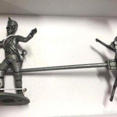 Juguetes Antiguos: 7426 020 SOLDADO Y RUEDAS GRAND ARMEE NAPOLEON FIGURA SOLDADO DE PLOMO ATLAS. Lote 179113023