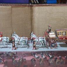 Juguetes Antiguos: CONJUNTOS SOLDADOS DE CARROZA REAL DE ALFONSO XIII CON ESCOLTA REAL DE GRAN GALA. Lote 166387296