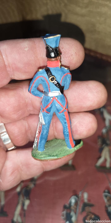 Juguetes Antiguos: Soldado de plomo pintado a mano artesanalmente representando a oficial - Foto 3 - 166389166