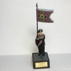 Juguetes Antiguos: SOLDADO DE PLOMO SOLDAT ALEMAN ABANDERADO CARROS DE COMBATE 1939-1945 2ª GUERRA MUNDIAL. Lote 167833884
