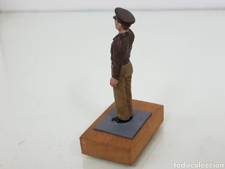 Juguetes Antiguos: Personajes estratégicos figura de plomo con peana de madera - Foto 3 - 171418928