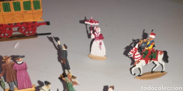 Juguetes Antiguos: Soldados de plomo figuras representando siglo 19 Baviera tren caballos y personajes - Foto 11 - 171693429