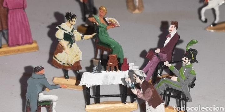 Juguetes Antiguos: Soldados de plomo figuras representando siglo 19 Baviera tren caballos y personajes - Foto 10 - 171693429