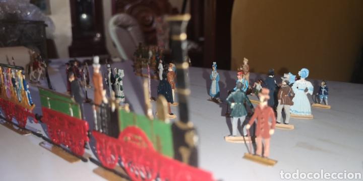 Juguetes Antiguos: Soldados de plomo figuras representando siglo 19 Baviera tren caballos y personajes - Foto 15 - 171693429