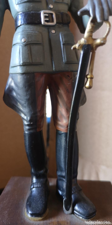 Juguetes Antiguos: Figura de plomo representando oficial de caballería alemana 1940 - Foto 3 - 173894062