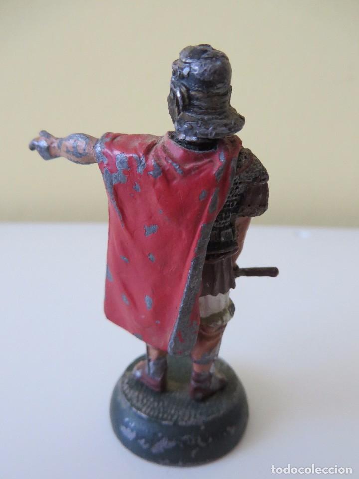 Juguetes Antiguos: DOS FIGURAS centuriónes romanos de PLOMO - Foto 2 - 175701652