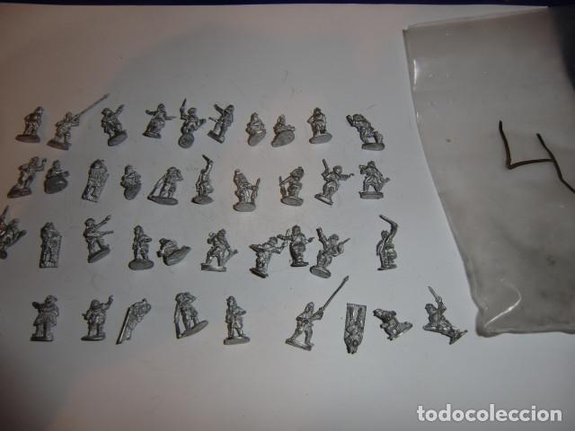 Juguetes Antiguos: lote figuras en plomo soldados - fijense en las fotos - Foto 2 - 183367468