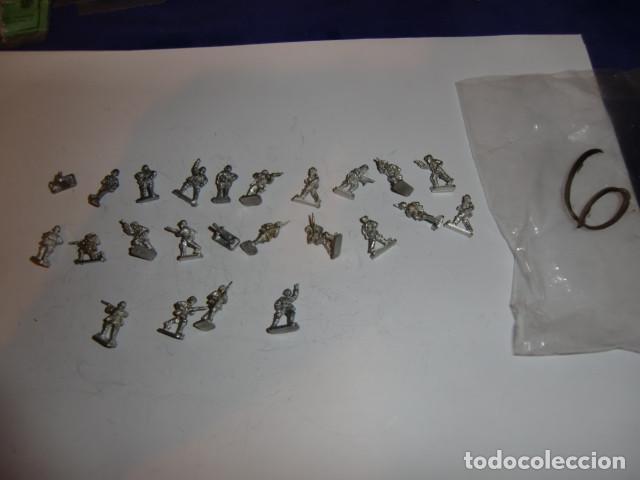 Juguetes Antiguos: lote figuras en plomo soldados - fijense en las fotos - Foto 2 - 183367521