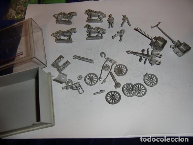 Juguetes Antiguos: lote piezas carros con caballos y soldados en plomo - fijense en las fotos - Foto 2 - 183367731