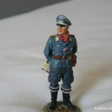 Juguetes Antiguos: 1/30 KING & COUNTRY LUFTWAFFE FIGURE A PILOT/INSTRUCTOR. Lote 186158988