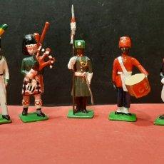 Juguetes Antiguos: SIETE SOLDADOS DE PLOMO ANTIGUOS. VER DESCRIPCIÓN.. Lote 187418497