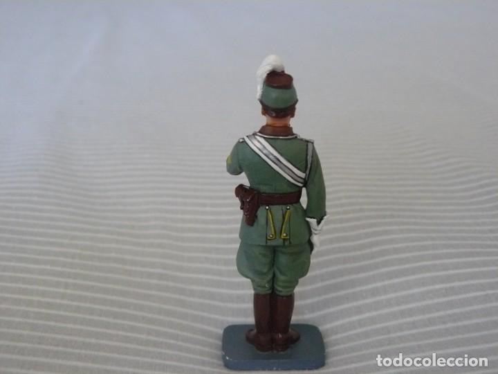 Juguetes Antiguos: 1/30 KING & COUNTRY BERLIN 38 LAH071 POLIZEI STANDARD BEARER (RETIRADO) - Foto 2 - 190600396