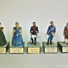 Juguetes Antiguos: ANTIGUOS SOLDADOS PLOMO,REYES DE ESPAÑA,ALFONSO XII,XIII,CARLOS IV,ISABEL II,MARIA CRISTINA,ALMIRALL. Lote 191968206