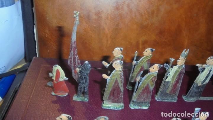 Juguetes Antiguos: ANTIGUA PROCESION DE MONTSERRAT S.XIX EN FIGURAS DE PLOMO 39 FIGURAS , LA MAYORIA EN BUEN ESTADO VER - Foto 2 - 193566043