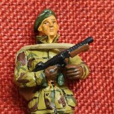 Juguetes Antiguos: SARGENTO COMANDOS UK REINO UNIDO 1944-45 - SOLDADOS DEL SIGLO XX - DEL PRADO - ESCALA 1/32. Lote 194216433