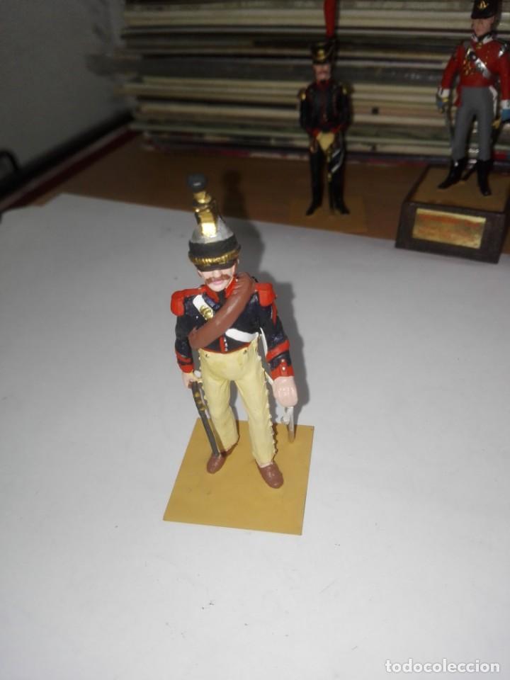 SOLDADO DE PLOMO - BRIGADIER CORACEROS, FRANCIA - AÑO 1808 - PINTADO A MANO - MARCA SOLDAT SIN PEANA (Juguetes - Soldaditos - Soldaditos de plomo)