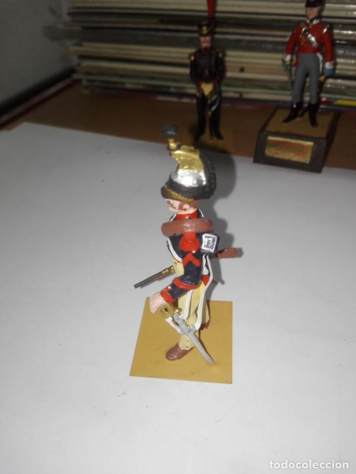 Juguetes Antiguos: Soldado de Plomo - Brigadier Coraceros, Francia - Año 1808 - Pintado a Mano - Marca Soldat sin peana - Foto 4 - 194515913