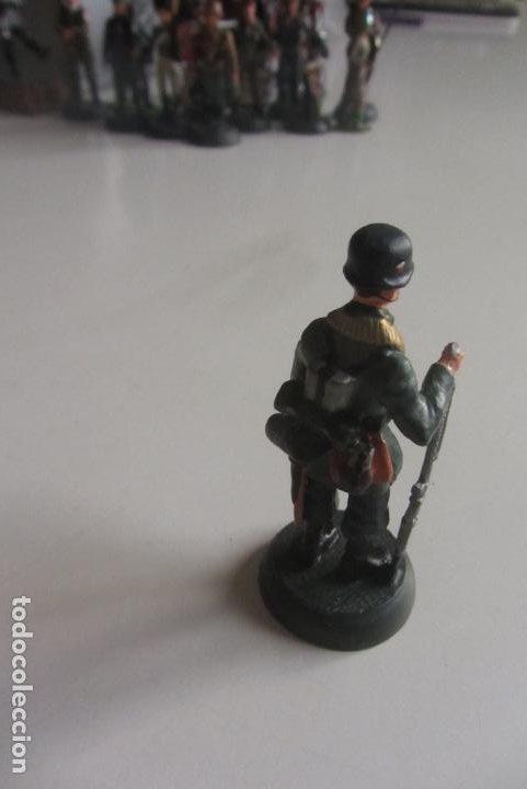 Juguetes Antiguos: SOLDADITO DE PLOMO ALMIRALL PALOU . REF. 2/025. SOLDADO. FIGURA. CX42 - Foto 3 - 194876896