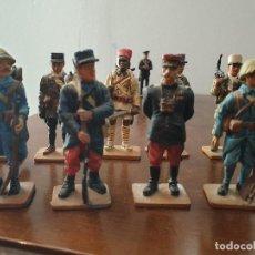 Juguetes Antiguos: SOLDADITOS DE PLOMO. Lote 197145286