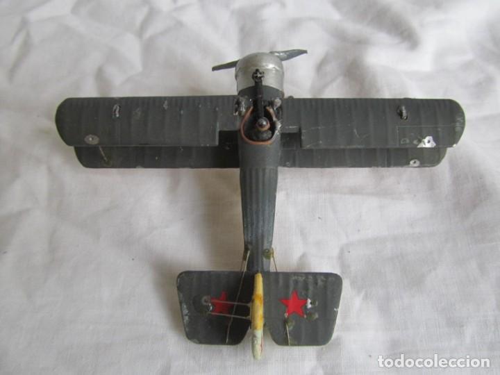 Juguetes Antiguos: Avión de plomo biplano sovietico tren de aterrizaje para nieve N5486 - Foto 2 - 197675802