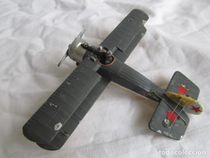 Juguetes Antiguos: Avión de plomo biplano sovietico tren de aterrizaje para nieve N5486 - Foto 3 - 197675802