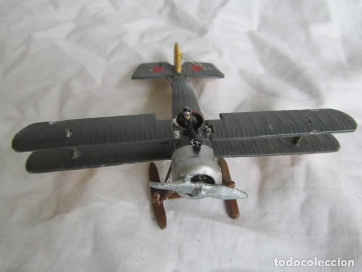 Juguetes Antiguos: Avión de plomo biplano sovietico tren de aterrizaje para nieve N5486 - Foto 5 - 197675802