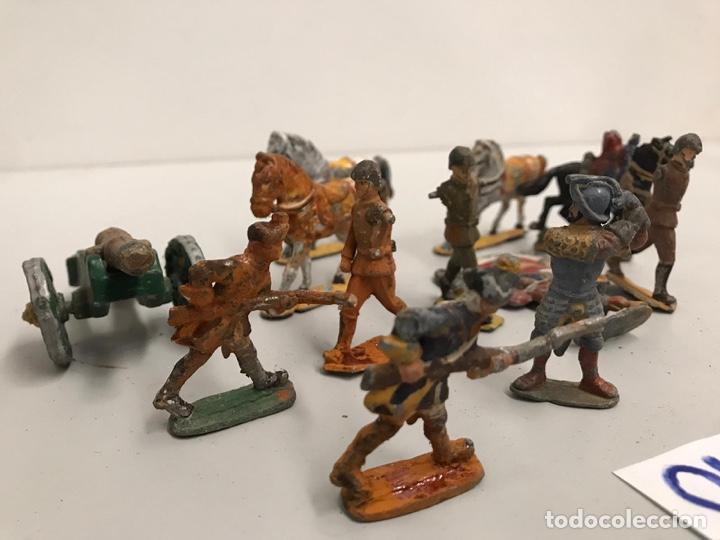 Juguetes Antiguos: Lote de figuras de plomo - Foto 2 - 198116445
