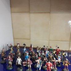 Juguetes Antiguos: LOTE DE 37 SOLDADITOS DE PLOMO. Lote 198778905