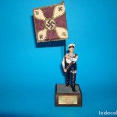 Juguetes Antiguos: SOLDADO SOLDAT ALEMANIA 1939 - 45 ABANDERADO KRIEGSMARINE 54MM. Lote 199660841