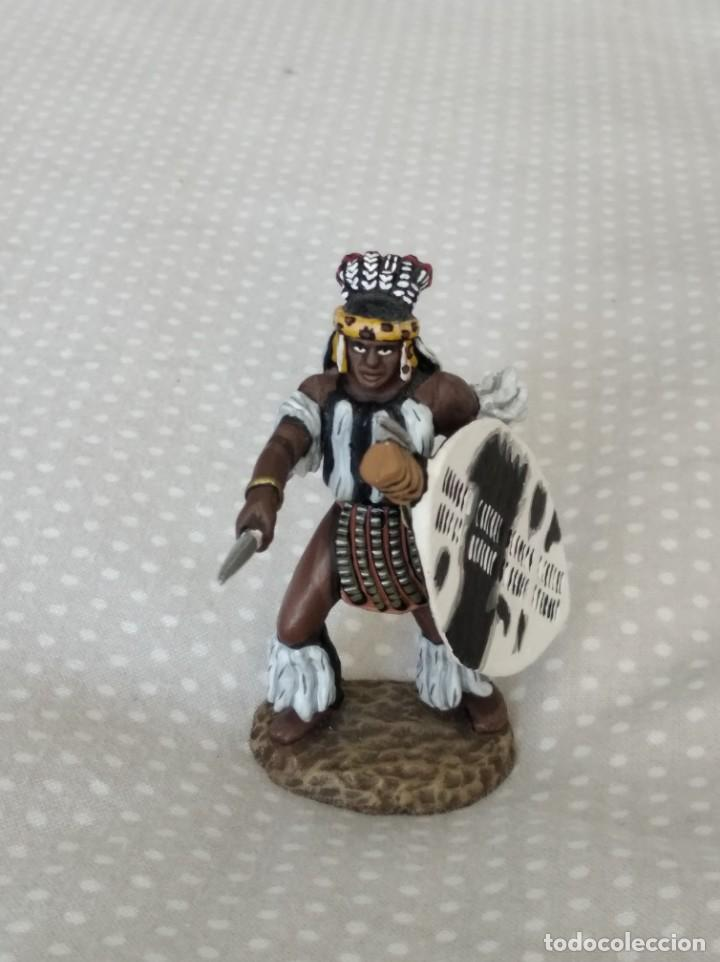 1/32 FRONTLINE ZULU WAR Nº 41, ZULU WARRIOR WITH SPEAR AND SHIELD (BRITAINS, CONTE) (Juguetes - Soldaditos - Soldaditos de plomo)